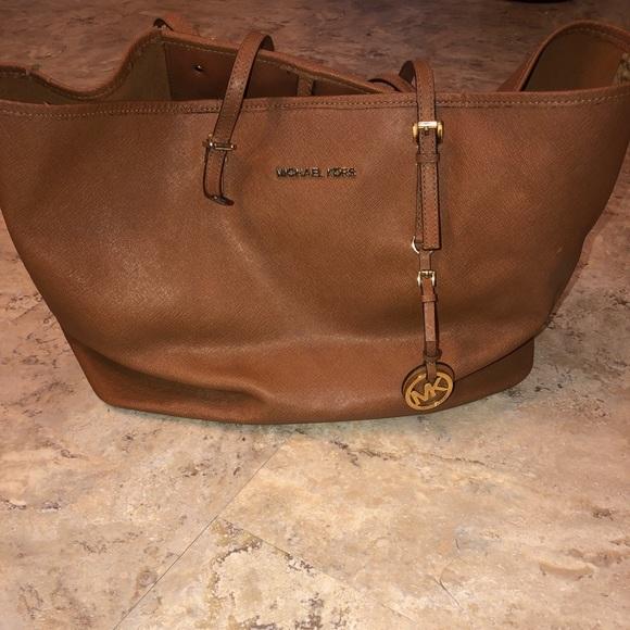 Michael Kors Handbags - Michael Kors Brown Tote Large Purse Bag